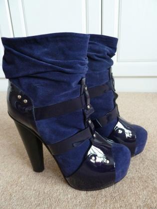 Versace shoe boots Size 6.5
