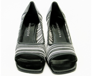 APOSTROPHE black and white mesh open-toe